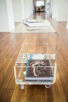Clear acrylic coffee table with magazine rack.  #design #designtrasparente…