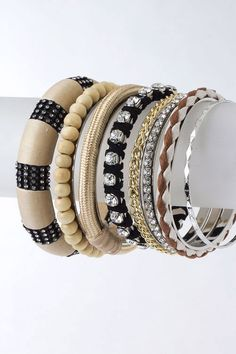 Loving these bangle sets. The more, the merrier.