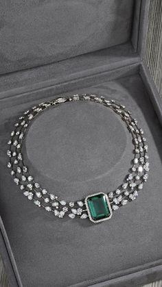 Fulfill a Wedding Tradition with Estate Bridal Jewelry Jewelry Design Earrings, Emerald Jewelry, Gold Jewellery Design, Jewelry Necklaces, Bracelets, Antique Jewellery Designs, Antique Jewelry, Vintage Jewelry, Stylish Jewelry