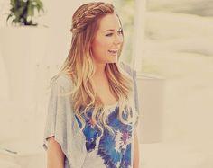 Her hair thoughhhhh.............