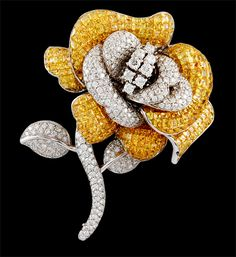 18kt.Gold Yellow Sapphire & Diamond Rose Pin / approx. 9.25cts diamonds and 44.98cts yellow sapphires