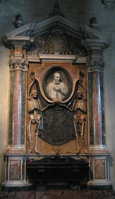 Church of St. Peter in Chains:  built in the 5th century to house the chains (which are claimed) to have held St. Peter. The chains, as well as the massive tomb Michaelangelo was commissioned by Pope Julius II to build, along with the tomb shown here.