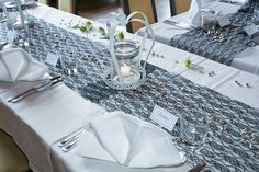 Paikkakorttien tekstaus hääjuhlaan - writing placecards for a wedding Elegant Wedding Themes, Hand Lettering, Place Cards, Calligraphy, Table Decorations, Writing, Vintage, Home Decor, Penmanship