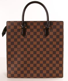 LOUIS VUITTON TOTE - I would Totes love to have this!