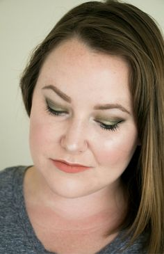 Stuck on how to transition your makeup from summer to fall? This is the perfect fall makeup tutorial!