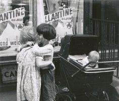 "Helen Levitt – ""New York c. 1943"""