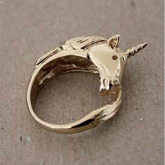 Gold Unicorn Ring from Picsity.com