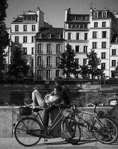 greeneyes55:  Breathing Love in Paris Photo: Green Eyes 55