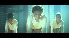 Sexsercize al completo. Sin duda, el video más erótico de Kylie, pero conservando su buen gusto de siempre.