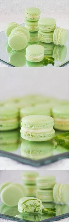 Refreshing mint French macarons with minty white chocolate ganache filling are perfect to welcome the spring!