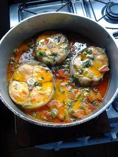 Moqueca de Peixe - A moqueca de peixe é uma das receitas prediletas quando se fala em frutos do mar... O sabor desta moqueca de peixe ficou maravilhoso, muit...