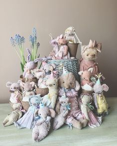 """""""AniTeddys""""-vintage Teddy's from Tsymbal Anna Best Teddy Bear, Cute Teddy Bears, Bear Character, Bear Silhouette, Bear Decor, Teddy Toys, Crochet Teddy, Vintage Teddy Bears, Doll Quilt"""