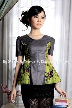 Nastiti Batik Bakaran Top | DhieVine | Redefine You (Batik Top Design)