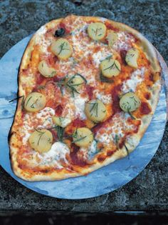 basic pizza | Jamie Oliver | Food | Jamie Oliver (UK)