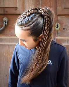 Ponytail with cornrows and 5 stand braid Pferdeschwanz mit Cornrows und 5 Stand Br Medium Hair Braids, Medium Hair Styles, Curly Hair Styles, Natural Hair Styles, Hair Medium, Braided Ponytail Hairstyles, Box Braids Hairstyles, Cool Hairstyles, Cornrows Ponytail
