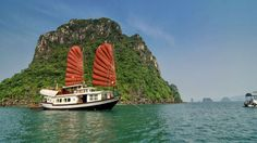 halong-bay-cruise-prince-junk