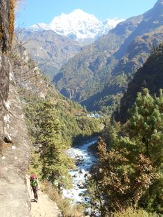 Dudh Koshi is de naam van deze rivier