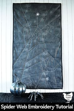 This simple spider web table runner is a great introduction to hand quilting and embroidery. It's fully customizable and looks great in any size or color combination, make up a few today to bring some Halloween spirit into your home #HalloweenDIY #Halloweensewing Halloween Sewing, Easy Halloween Crafts, Easy Diy Crafts, Spider Crafts, Hand Quilting, Spirit Halloween, Machine Embroidery, Quilts, Simple