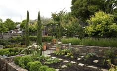 Gardenista: Sourcebook for Cultivated Living