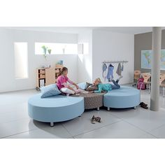 Gressco Relax sofas from Demco