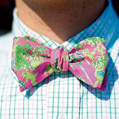 Palm Beach Chic - 9 Favorite Bow Ties for Men - Southern Living Preppy Style, My Style, Preppy Outfits, Sport Outfits, Southern Gentleman, Southern Men, Southern Living, Pink Bow Tie, Sharp Dressed Man
