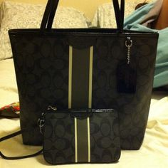 COACH Autentic Very good condition like  brand new Coach Bags