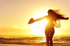 Limbajul corpului – 11 mesaje pe care ţi le adresează Eu sunt corpul tău şi mă adresez Ţie: 1. Arăt aşa cum gândești despre mineș gândeşte că sunt frumos şi astfel voi deveni. 2. Atunci când te gândeşti la boli şi începi să le cauţi în mine, eu sunt nevoit să mă îmbolnăvesc pentru a mă supune gândurilor tale. http://goo.gl/fUQECi