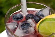 Sparkling Blueberry Lemonade #VilladePatos #MagueySap #lemonade #blueberrylemonade #AlternativeSweetener