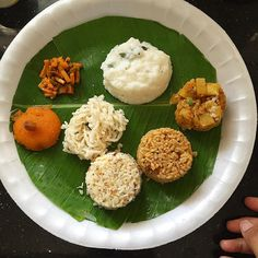 Day 8 Lunch Thali ( Chitranna/ Kalanda Sadam/ Mixed Rice Thali) Puliodarai /Puli Sadam ( Tamarind spiced rice ) Thengai Sadam(coconut rice)  Potato peas fry  Curd rice with Pesarru Mangai ( cut mango pickle)  Rava Kesari/ Rava Sheera  Vadams  #masterchefmom  #food #foodie