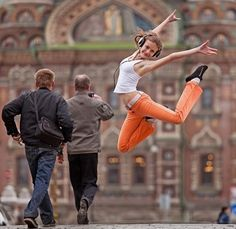Part of Jordan Matter's photography series called Dancers Among Us showing dancers in the New York cityscape.
