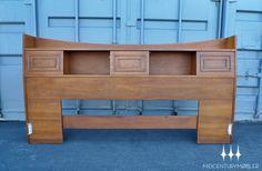 Mid Century Modern Broyhill Sculptra King Bookcase Headboard