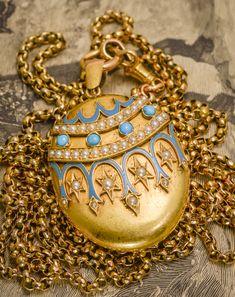 Victorian 18k Gold Turquoise & Pearl Enamel Oval Locket