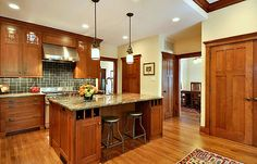 Inspirational Craftsman Homes Interior Ideas: Fascinating Craftsman Style Homes Decor Ideas Kitchen With Marble Countertop