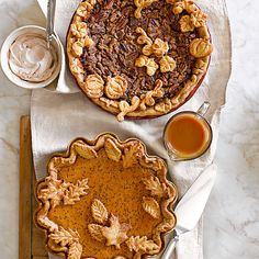 Fall is the perfect season for baking. From fresh apple pies to sweet apple cakes, Williams-Sonoma has everything you need to make the most of the autumn harvest.