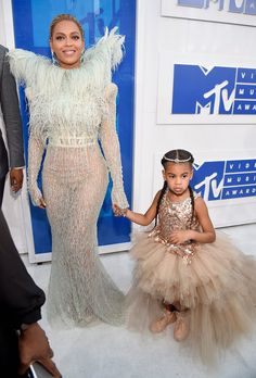 Beyoncé in Francesco Scognamiglio Fall 2016 Couture and Blue Ivy at the MTV VMAs.