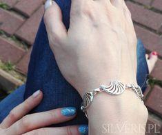 Bransoletka srebrna Muszle dostępna w naszym sklepie! Heart Charm, Charmed, Bracelets, Jewelry, Jewlery, Jewerly, Schmuck, Jewels, Jewelery