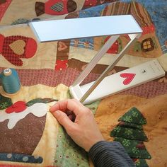 Handicraft, Smartphone, Table Lamp, Usb, Canning, News, Cards, Gold, Scrappy Quilts