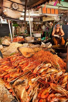 Chatuchak Weekend Market food vendor stall; Bangkok,