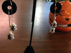 I love these yin/yang turtle earrings!