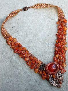 """колье натуральный янтарь """"Золото майя"""" с авторской медью. Handmade."""