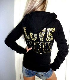 ♥leopard Victoria's Secret hoodie Looks Very Beautiful, like it, visit online or local store to make the purchasePinterest@Sagine_1992Sagine☀️