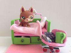 DIY LPS Bed / Doll Bed