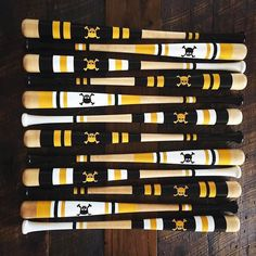 When you order a custom Mitchell bat we give you several options to choose from. Sometimes it's too hard to pick one. This customer decided to get ALL of the design choices. Mix and match custom designs at mitchellbatco.com/custom.