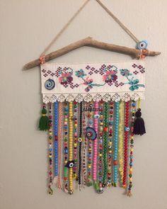 Diy Home Crafts, Crafts To Make, Arts And Crafts, Loom Patterns, Cross Stitch Patterns, Cortinas Boho, Crochet Wall Hangings, Diy Wax, Diy Y Manualidades