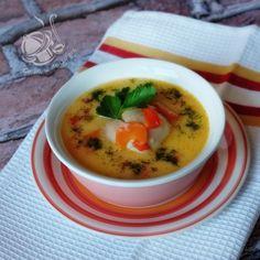 Gra, Cheeseburger Chowder, Thai Red Curry, Soup, Polish, Ethnic Recipes, Vitreous Enamel, Soups, Nail