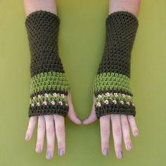 New Crochet Pattern: Peachy Arm Warmers   Gleeful Things