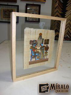 Miralo Enmarcado - Taller de Marcos Cuadros y Espejos: Enmarcado de Papiro Egipcio en doble Vidrio