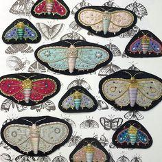 zoomzoomy: Moth brooches ©Azumi Sakata