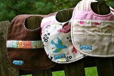 Side-snap style boutique baby bibs pattern and tutorial - Clover & Violet