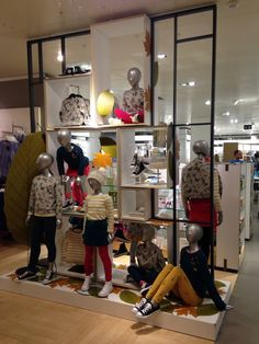 fff8b96ceac  autumn   kids   visual merchandising